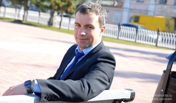 Владимир Денисов на скамейке