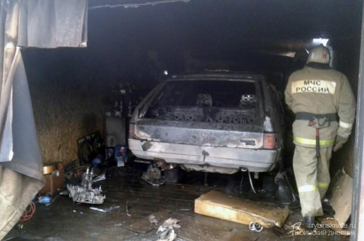Горевший гараж