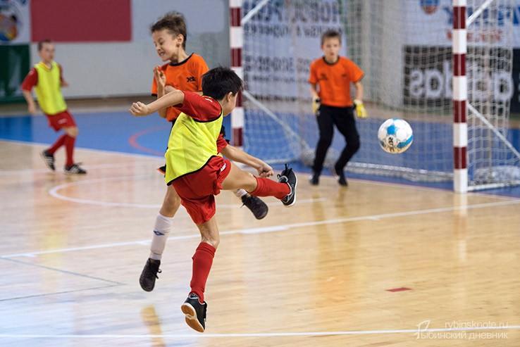 Мини-футболисты