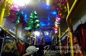 Новогоднее украшение салона